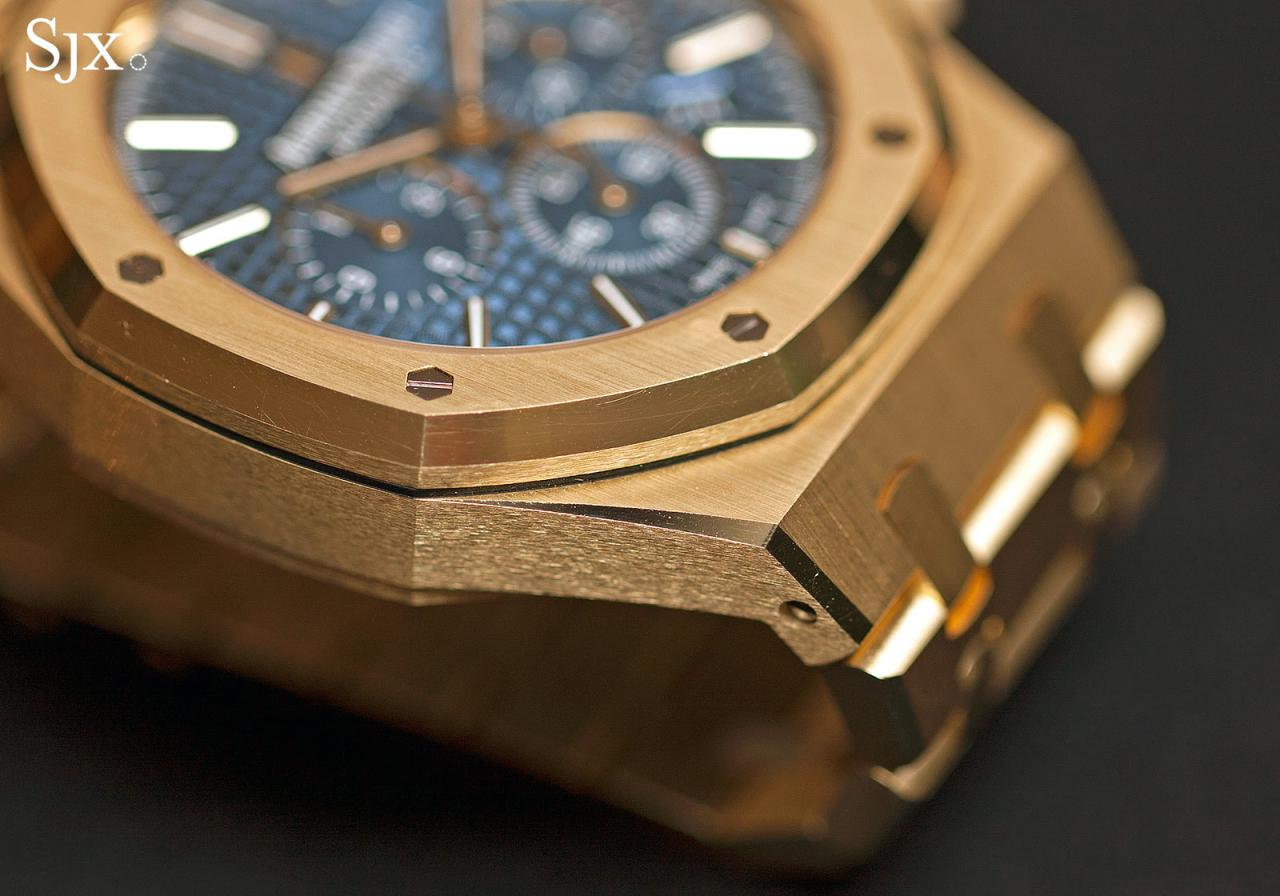 Audemars Piguet Royal Oak Chronograph 41 mm yellow gold 3