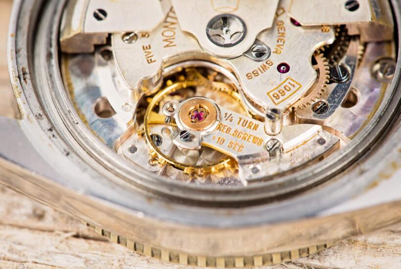 Bob's replica watches receives numerous pre-owned Rolex replica watches-4