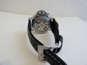 Panerai-Luminor-Marina-Fake-Watch-Photo-Review-Back