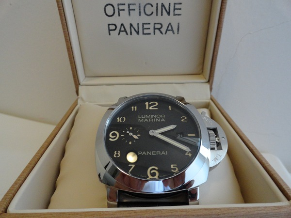 Panerai-Luminor-Marina-Fake-Watch-Photo-Review